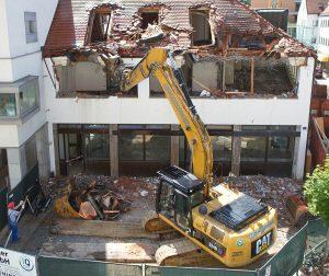 excavators-139974_1920